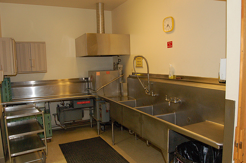 Alki masonic center alki masonic lodge 152 Kitchen design for elderly